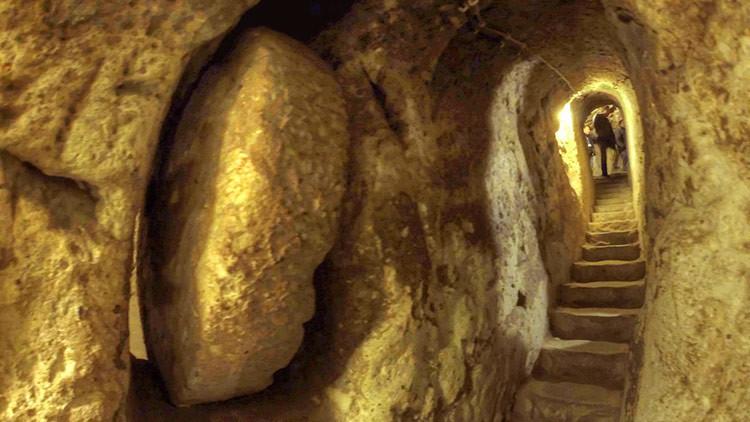 La enigmática ciudad subterránea que alojó a 20.000 personas en la Edad Media