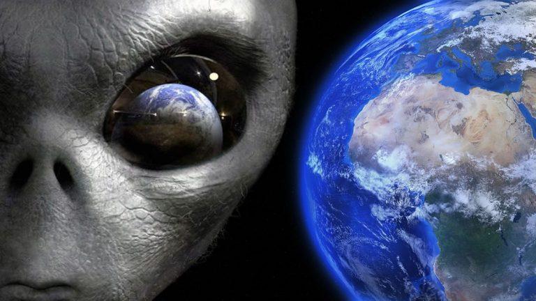 ¿La Tierra fue visitada por civilizaciones alienígenas en el pasado?