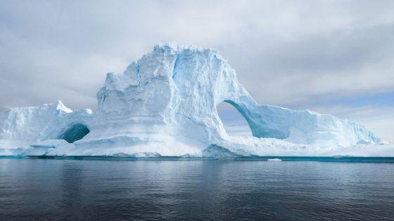 Científicos se preparan para perforar el hielo de millones de años de la Antártida