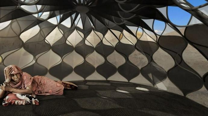 Arquitecta inventa carpas para refugiados que recolectan agua de lluvia y almacenan energía solar