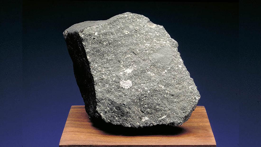Hallan materiales más antiguos que el sistema solar en un meteorito