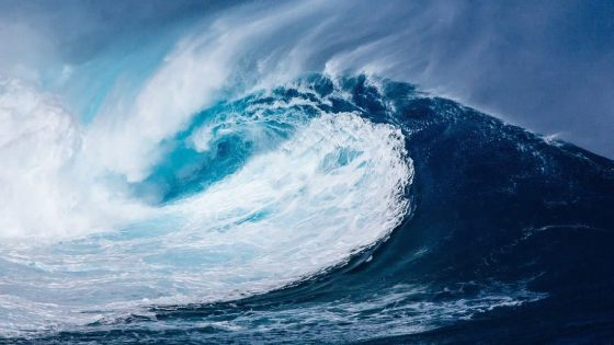Océanos están expulsando partículas de microplástico al aire que finalmente van a los pulmones