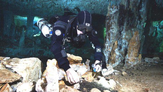 Descubren mina de 12.000 años en cuevas submarinas de la costa mexicana