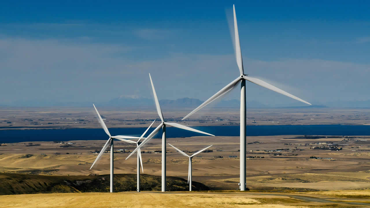 Reino Unido comprometido a usar energía eólica para todos los hogares
